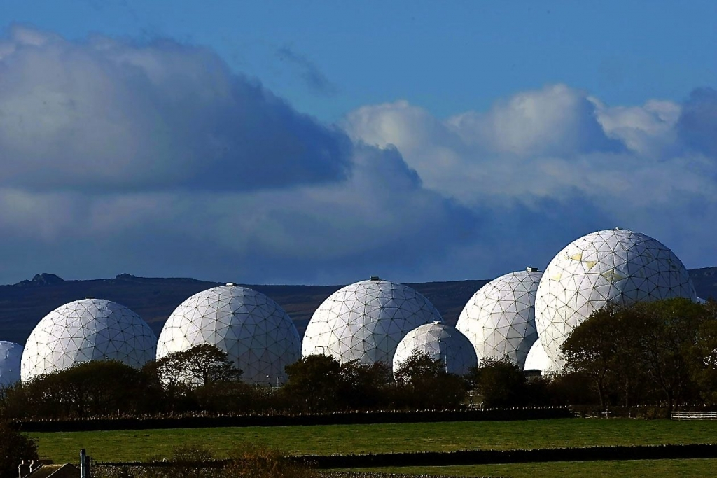 The Five Eyes at Murdoch's disposal.